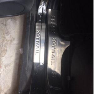 Ốp bậc cửa trong ngoài Nissan Xtrail