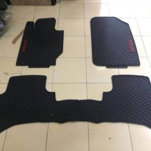 Lót sàn cao su Mitsubishi Triton
