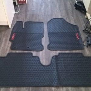 Lót sàn cao su Toyota Vios