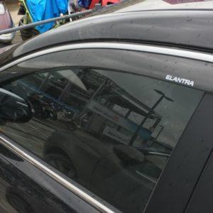 Vè che mưa chỉ mạ Hyundai Elantra