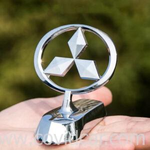 Biểu tượng logo Mitsubishi